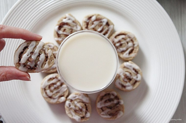 Mini cinnamon roll cookies vegan 9