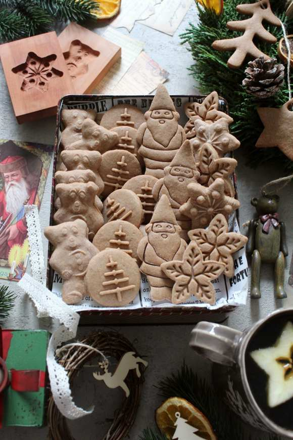 scatola di Christmas speculoos cookies senza burro