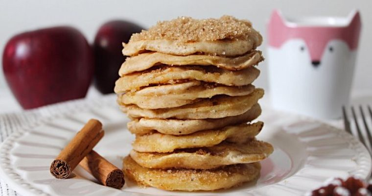Apple ring Pancakes con anelli di mela vegan
