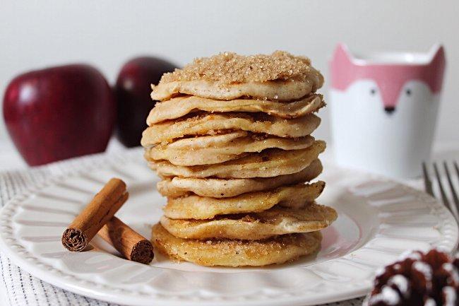 Apple ring Pancakes con anelli di mela vegan