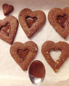 biscotti con cuore fondente procedimento