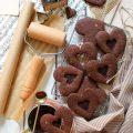 Biscotti con cuore di cioccolato senza uova senza burro