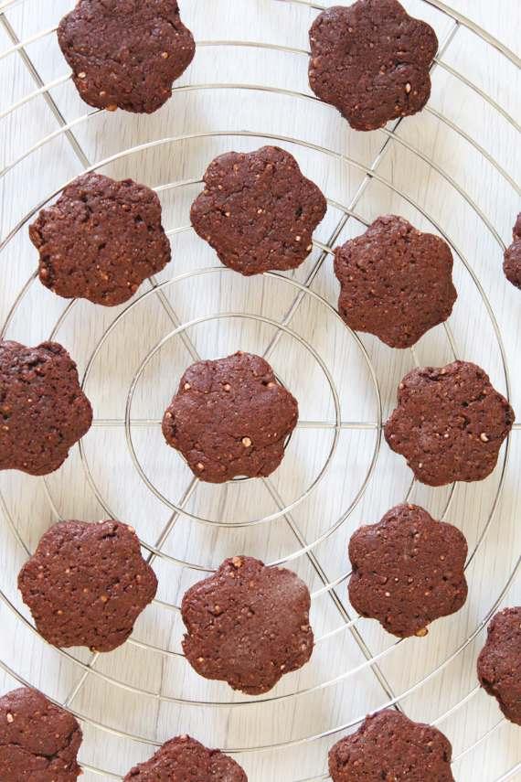 biscotti cacao e riso soffiato