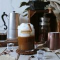Iced caffè latte vegan