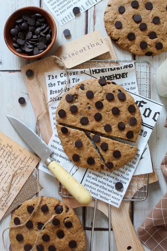Biscottoni Banana bread con gocce di cioccolato fondente vegan