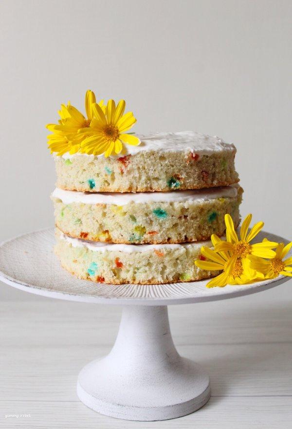 Naked Funfetti Cake senza uova senza burro