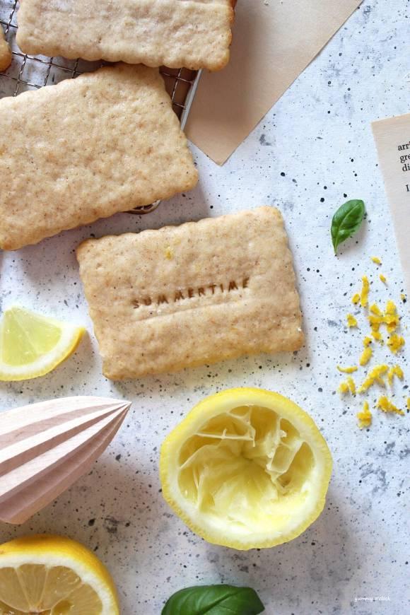 Biscotti con succo di limone con Yogurt Vegan