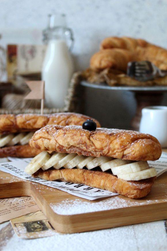 Croissant French Toast senza uova
