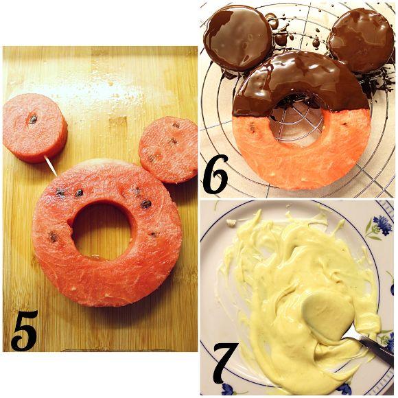 Ciambella di anguria a forma di Mickey Mouse(Topolino) preparazione