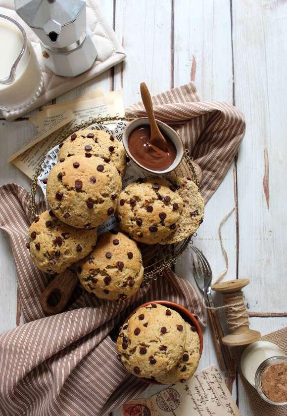 Panini con gocce di cioccolato Vegan al latticello di soia senza lievitazione
