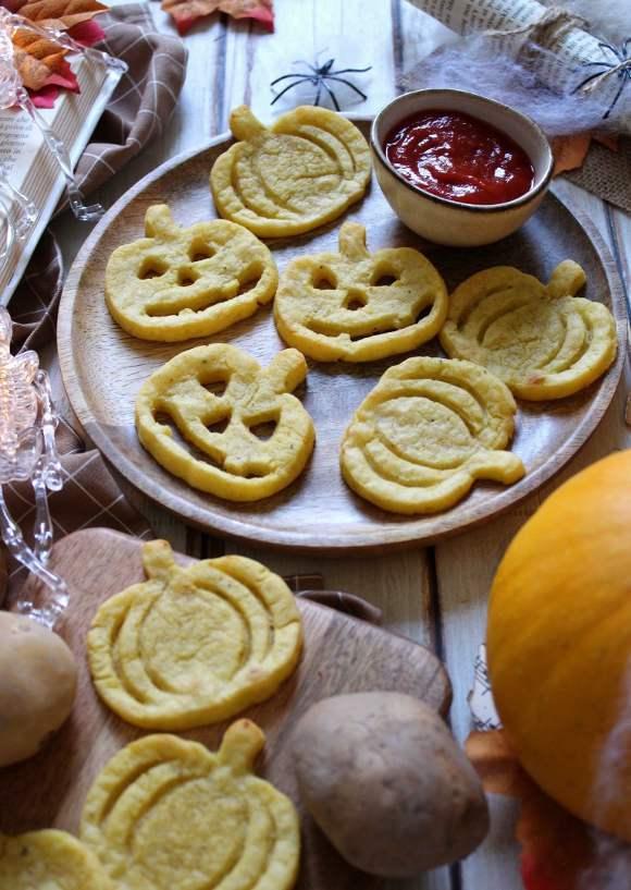 Faccine di Patate in stile halloween a forma di Zucca
