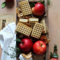 Waffles con salsa di mele (apple sauce) senza lattosio senza uova al forno
