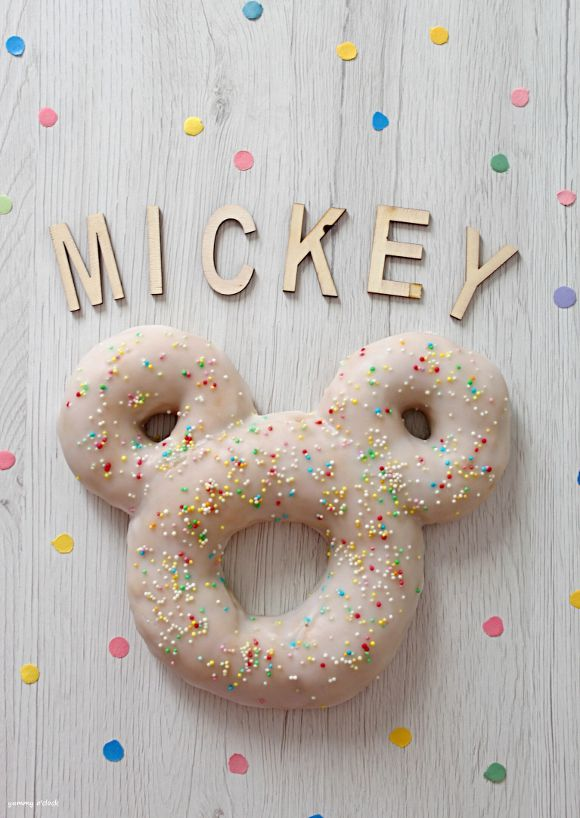 Mickey Mouse (Topolino) Donut Cookie senza lunghi tempi di lievitazione fatto in casa