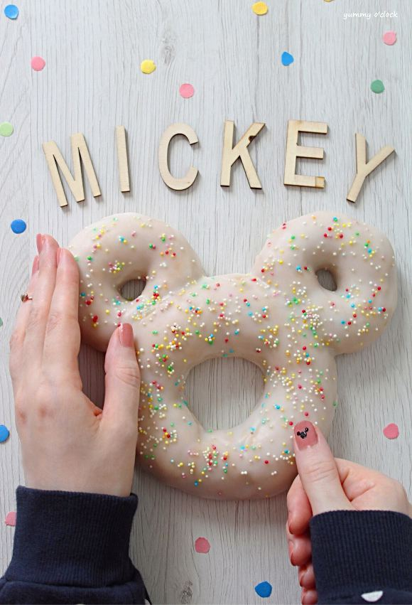 Mickey Mouse (Topolino) Donut Cookie