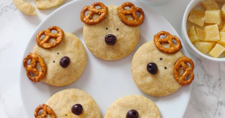 Biscotti Renna salati con Pasta brisée senza burro