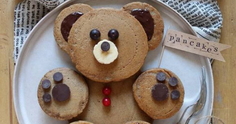 Pancake al caffè a forma di orsetto vegan