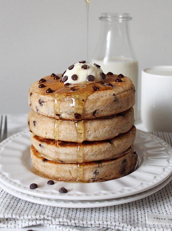 pancakes senza lattosio senza uova con gocce di cioccolato