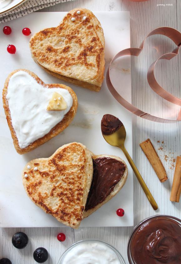 Cuori french toast senza uova ripieni