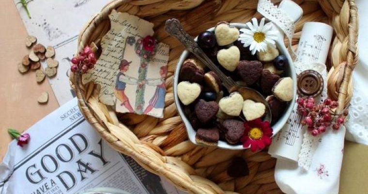 Cereali-biscotti bigusto a forma di cuore vaniglia e cacao morbidi alla ricotta senza uova