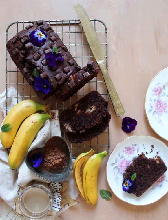 Banana bread al cacao senza uova senza burro