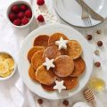 Pancake alla banana avena e nocciole senza uova