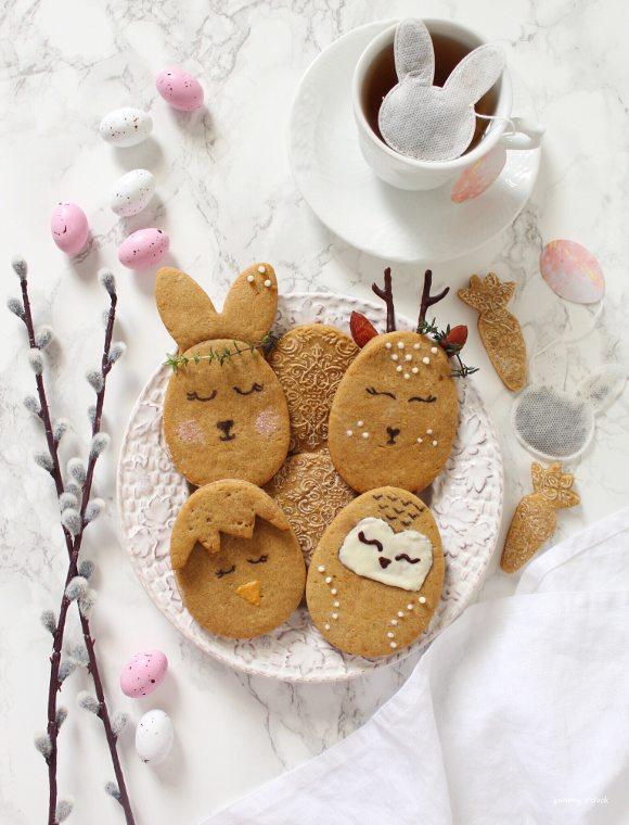Biscotti uova di Pasqua a forma di animaletti senza uova senza burro