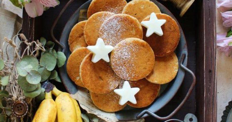 Pancake alla banana avena farro e nocciole senza uova senza burro