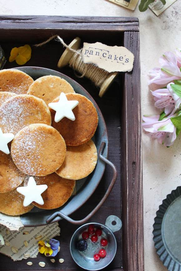 Pancakes banana avena farro e nocciole