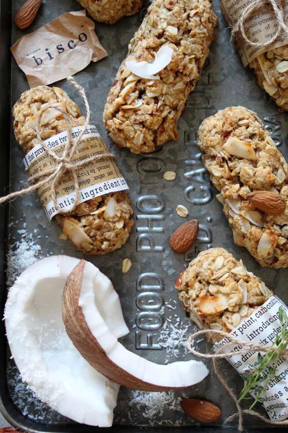 bisco-barrette con fiocchi d'avena cocco mandorle senza uova senza burro