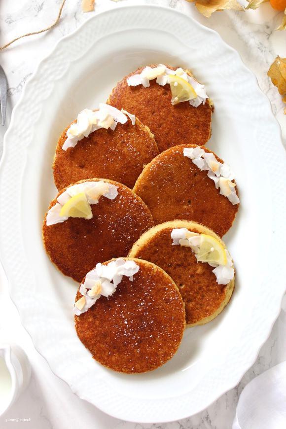 Pancakes al cocco mandorle e limone senza glutine senza lattosio senza uova