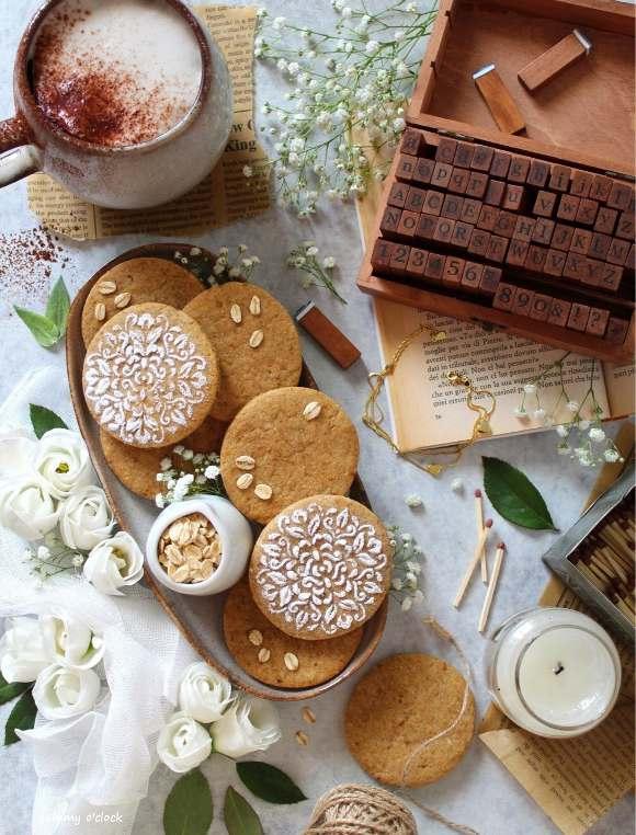 Biscotti nocciole miele e avena senza lattosio senza uova senza burro