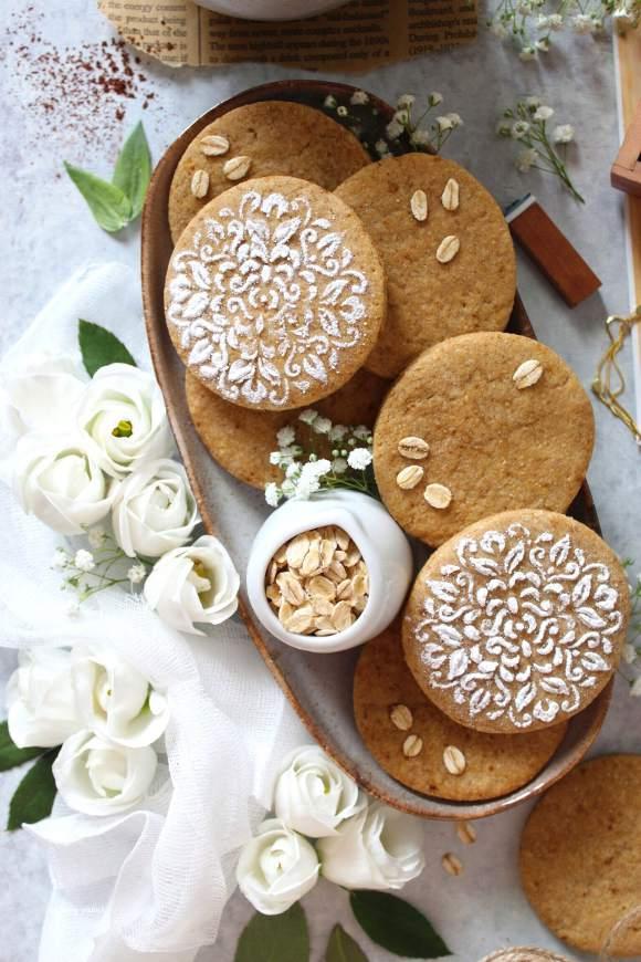 Biscotti nocciole miele e avena