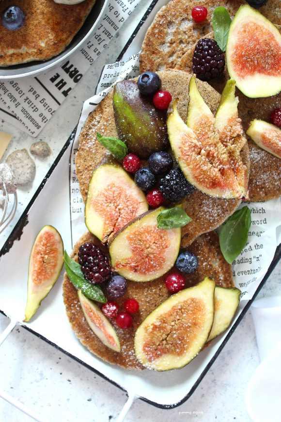 Pancakes con grano saraceno vegani e senza glutine