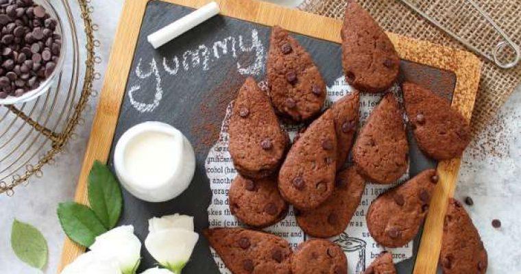 Biscotti simil gocciole extra dark senza burro fatti in casa