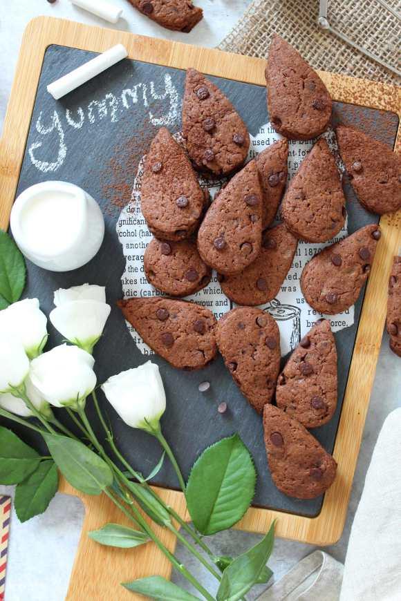 Biscotti simil gocciole extra dark senza burro homemade