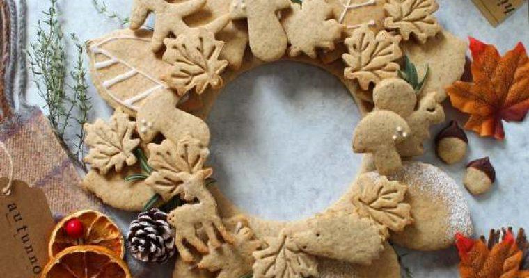 Ghirlanda autunnale di biscotti con sciroppo d'acero vegan