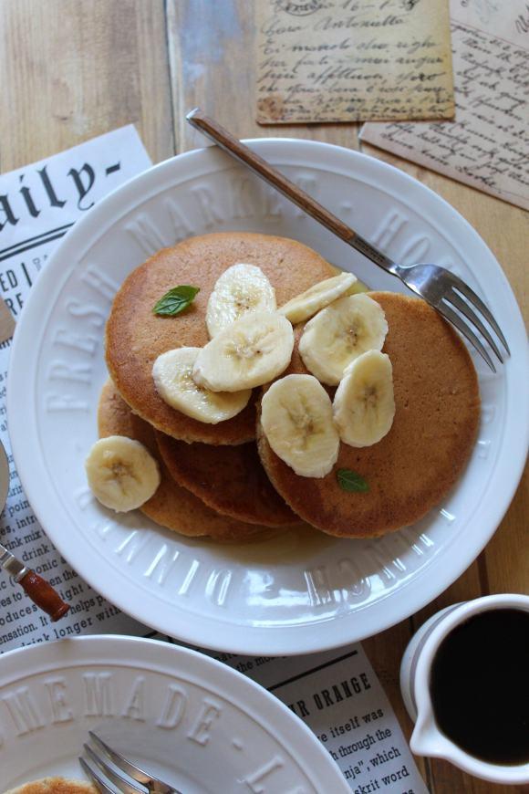 Pancakes yogurt greco e avena senza uova