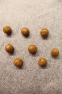 preparazione dei Cereali mini biscotti alla zucca pumpkin spice senza uova senza burro