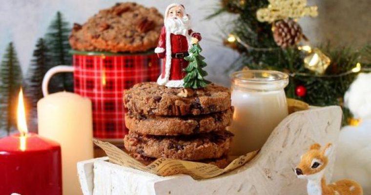 Cookies integrali con noci pecan gocce di cioccolato e cannella vegani
