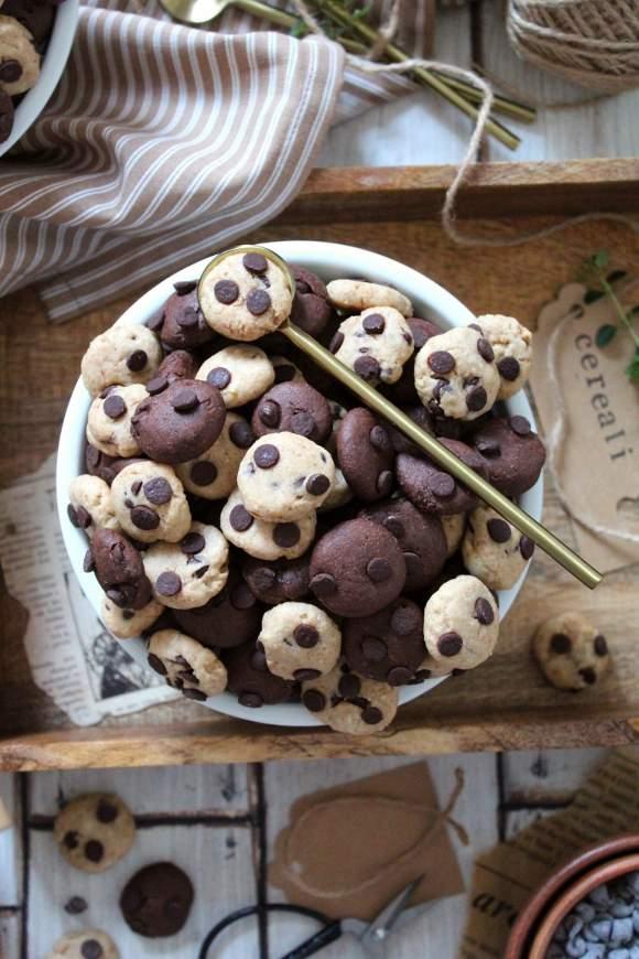 Cereali tipo cookies bigusto vegani con purea di nocciole