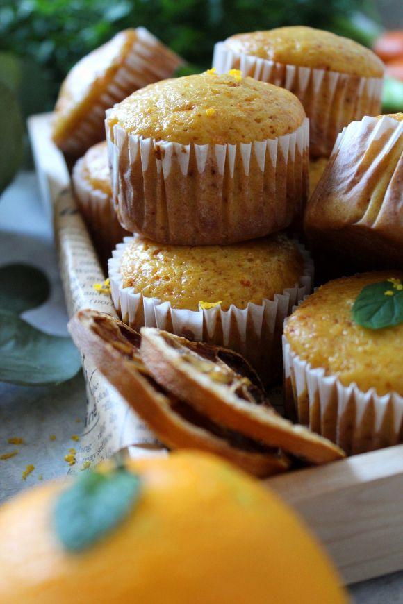 Muffins carote e arancia senza lattosio senza uova e senza burro