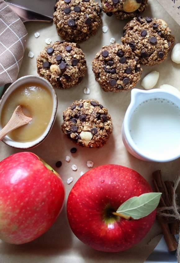 Oatmeal cookies con purea di mela mandorle e nocciole senza olio senza uova senza latte