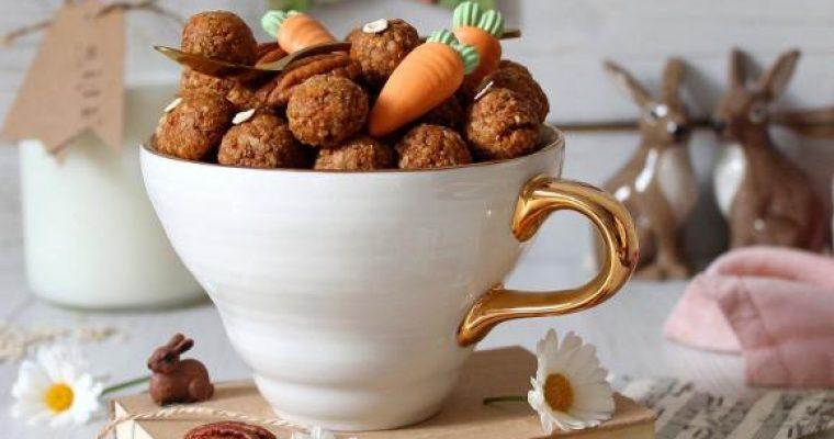 Oatmeal cereali morbidi con fiocchi d'avena noci pecan e carote