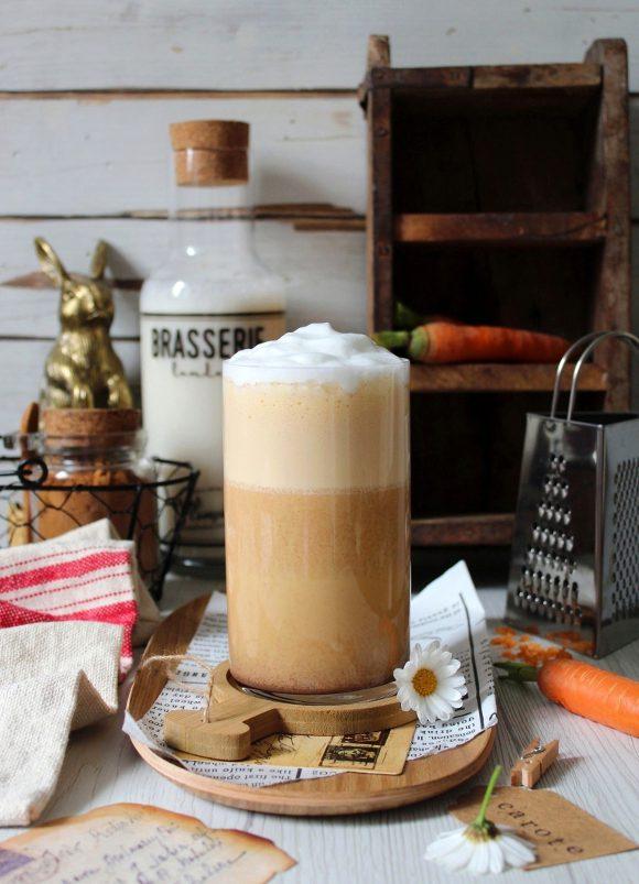 Latte alle carote speziato senza lattosio