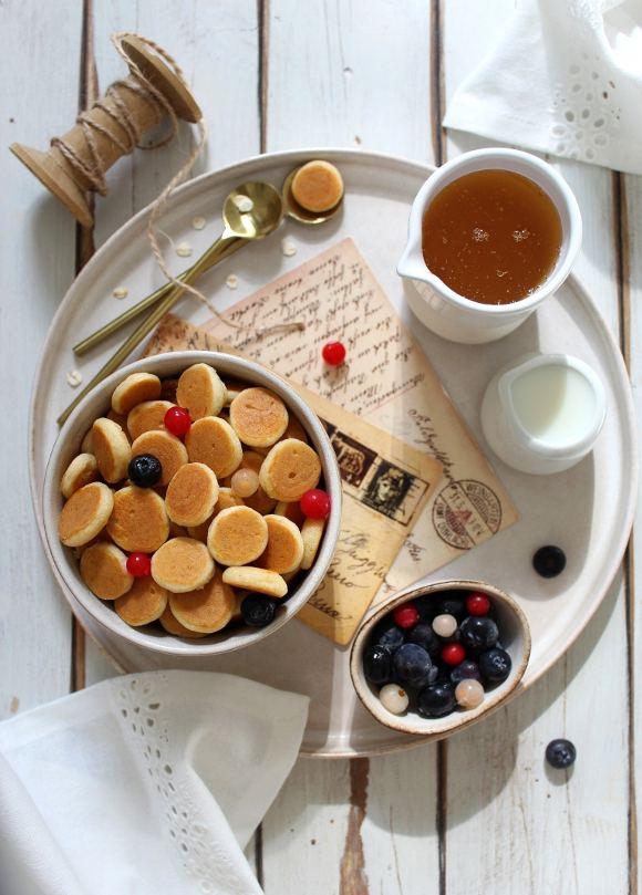 Pancake cereal: pancakes a forma di cereali senza uova senza lattosio
