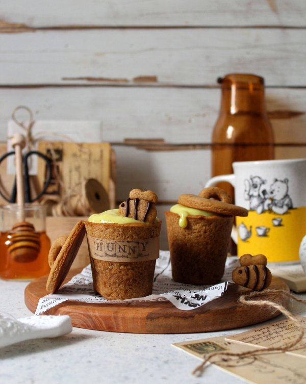 Cookie cups con crema al miele e curcuma Winnie The Pooh senza uova senza lattosio