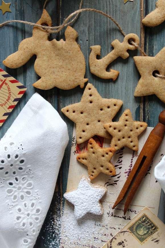 Ghirlanda estiva vegana di biscotti allo sciroppo d'acero