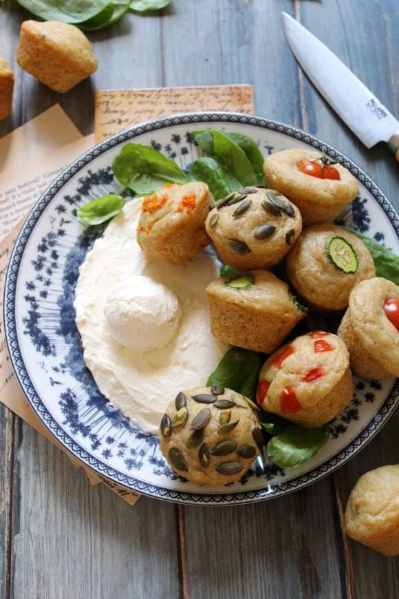 Pancake mini muffins salati al formaggio senza uova