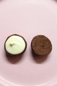 farcitura dei Cereali Whoopie pie al cacao senza uova senza burro