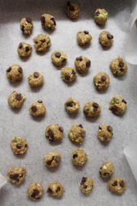 procedimento Cereali oatmeal cookies avena zucchine e gocce di cioccolato vegani